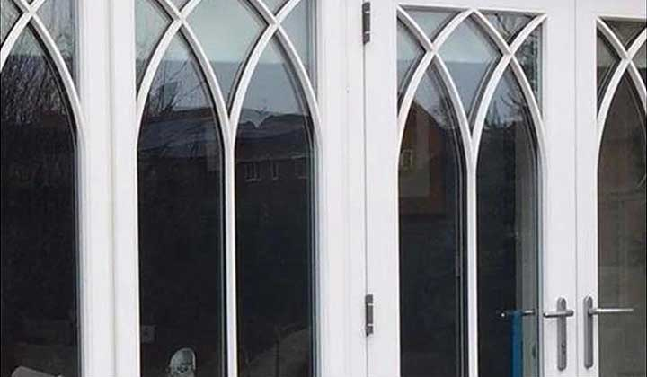 Fully jointed window beading bars